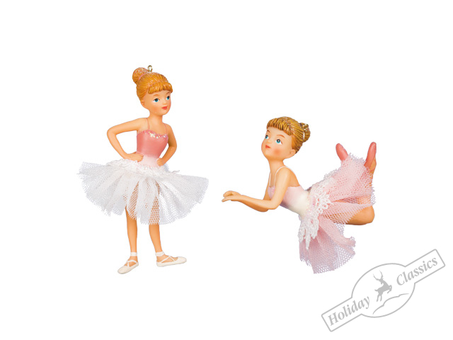 Балерина в розовом платье